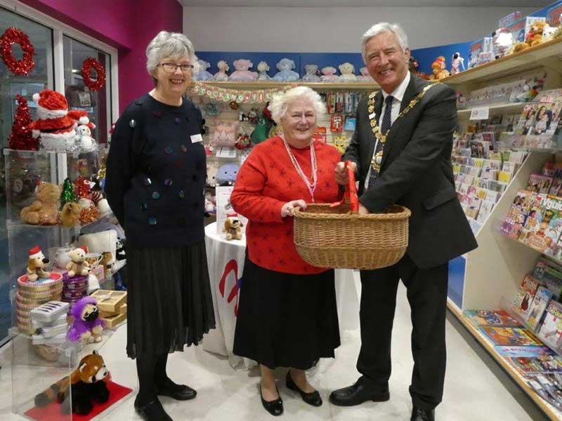 The Mayor visits the Friends of Chichester Hospitals shop